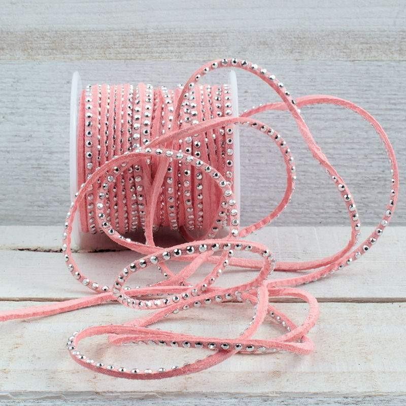 Suede veter strawberry pink met platte studs SV66